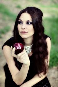 Goth Model, Alternative, Evil Queen, Fairy Tale, Snow White, Jacqueline Colllen Tarrolly